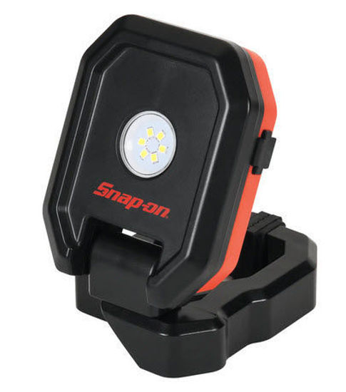 Picture of ECSPF032 - 450 Lumen Rechargeable Clip Light, Red